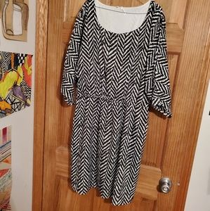 Studio Y Black and White Chevron Dress XL
